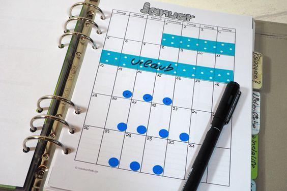 Zur besseren Organisation sind Planer sehr hilfreich. Hier könnt ihr euch folgende Freebies runterladen: Jahresübersicht, Wochen-, Monats- und Tagesplan.