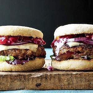 Rachael Ray's Turkey Meatloaf Burgers