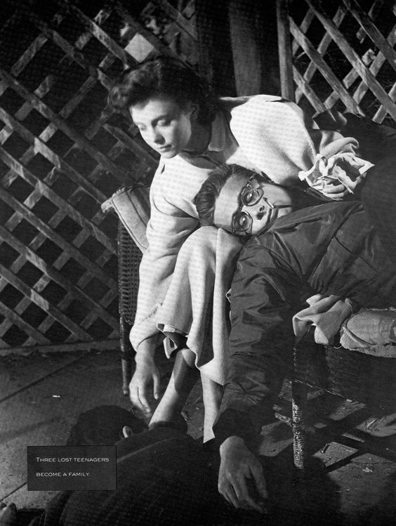 """Natalie Wood and James Dean on the set of """"Rebel Without a Cause""""."""