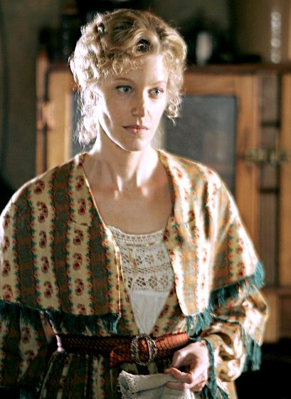 """HBO's 2004-2006 Wild West drama Deadwood prepared Anna Gunn for the danger facing Walt's wife, Skyler. """"I never know if…a stagecoach was going to come and run me down,"""" she has said."""