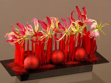 image a la 1univers: 1000 Ikebanas, Floral Design, Arrangement Floral Noel, Bonsai Ikebana, Flower Arrangements, Floral Arrangement, Art Floral 1, Bloemen Ikebana