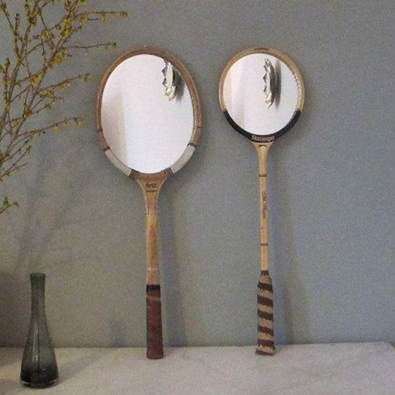 Des miroirs installés sur les tamis de raquettes de tennis / Mirror on tennis racket