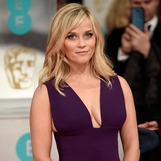 Reese Witherspoon Is The Hottest MILF Alive - Likes