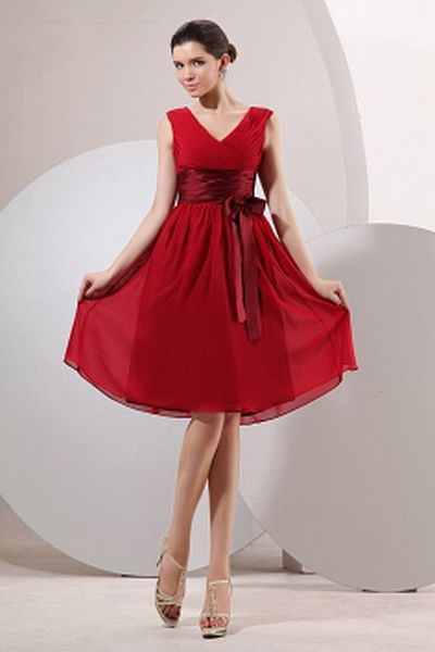 Chiffon Romantischen V-Ausschnitt Abendkleider ba2712 - http://www.brautmode-abendkleid.de/chiffon-romantischen-v-ausschnitt-abendkleider-ba2712.html - Ausschnitt: V-Ausschnitt. Stoff: Chiffon. Ärmel: Ärmellos. Farbe: Rot. Silhouette: A-Line. - 125.59