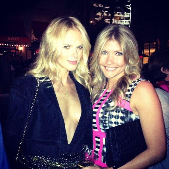 Near perfection w/ @annev_official at SI Swim event #Vegas #Blonde #Beauty #WhereIsSwim #SISwim