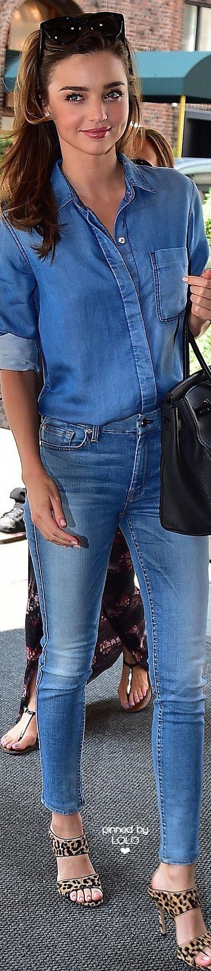 miranda kerr 39 s lessons in hot double denim australien jeans mit jeans und make up. Black Bedroom Furniture Sets. Home Design Ideas