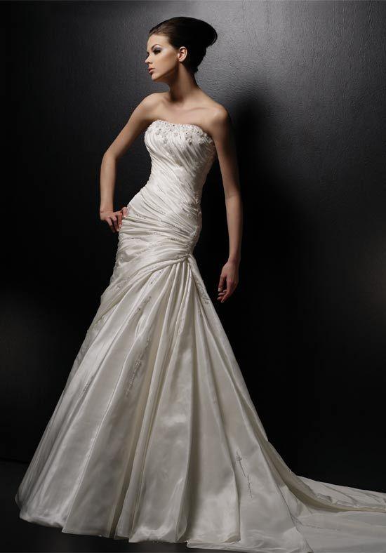 227 best Wedding Charlotte images on Pinterest   Wedding frocks ...