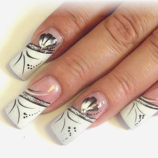 Queen of Poepp: How to remove acrylic or gel nails from home