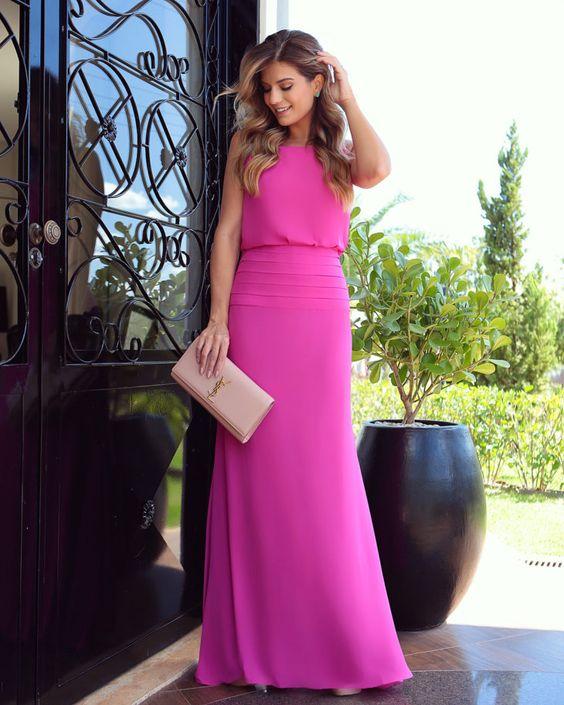 Vestido longo rosa: 60 modelos com a cor tendência do momento