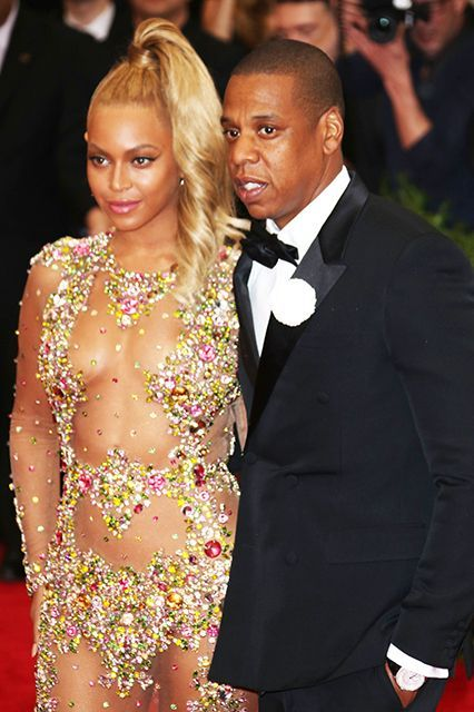 Jay Z Just Gave Beyoncé The Ultimate Game Of Thrones Gift #refinery29  http://www.refinery29.com/2015/05/87282/beyonce-jayz-game-of-thrones-dragon-egg