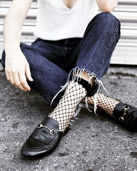 How To Wear Fishnet Tights or Socks | StyleCaster