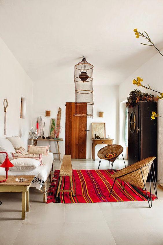 Idées de déco salon à copier - tapis rouge