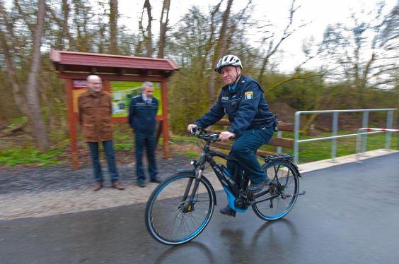 Der Schutzmann von Hadamar streift ab sofort per E-Bike durch die Fürstenstadt.