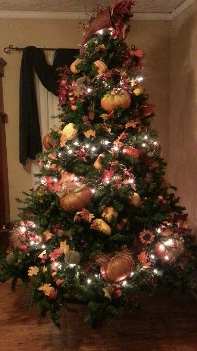 Thinking I'll set up the C-Mas tree and turn it into a Fall tree this year