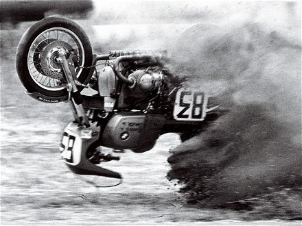 Fail: Motorcycle Goodies, Motorcycle Action, Motorcycles Passion, Cars Motorcycles, Upsidedown Motorcycle, Cars Bikes, Car Truck Motorcycle Show Park