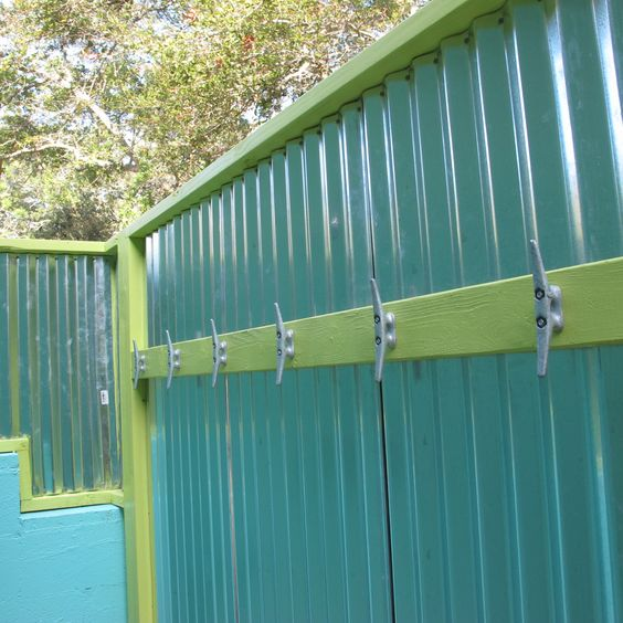 corrigated walls  and boat cleats