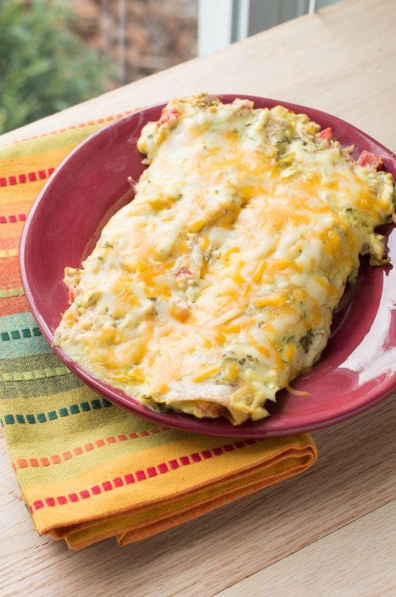 Skinny Sour Cream Chicken Enchiladas - Macaroni and Cheesecake