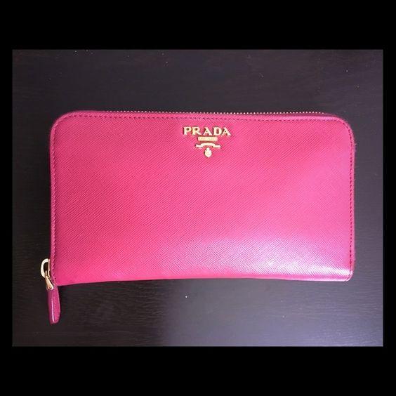 used prada handbag saffiano size