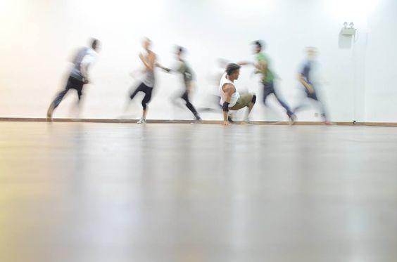 """Arenas da Penha, Madureira e Pavuna recebem o projeto """"Entrando na Dança"""" que irá selecionar 30 dançarinos e oferecerá bolsa auxílio de R$500"""