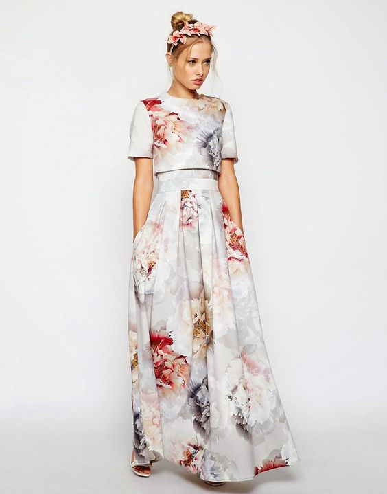 Modest floral maxi dress with sleeves | Shop Mode-sty #nolayering:
