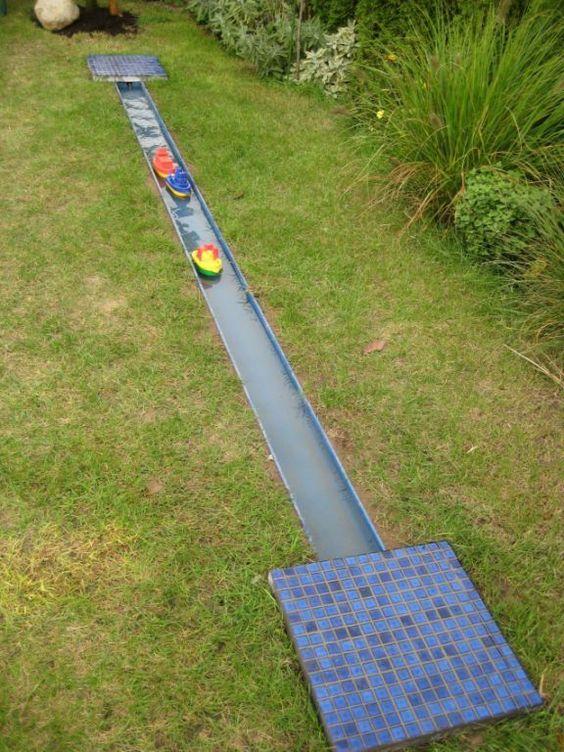 Wasserbahn für kleine Boote
