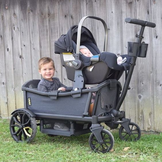 It's a stroller. No, wait. It's a wagon. No! It's a @veergear Cruiser! We took this baby for a spin with a wild toddler and a newborn and needless to say, we're in love. #PNpartner LINK IN PROFILE to see the whole review!