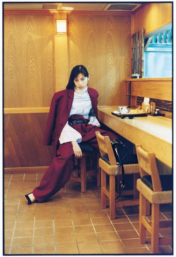中条あやみと美味しいごはん「今日は何着て何食べる?」呑んでも美味しい江戸前蕎麦の店5軒へ。03.蕎麦✕セットアップ | GINZA | FASHION