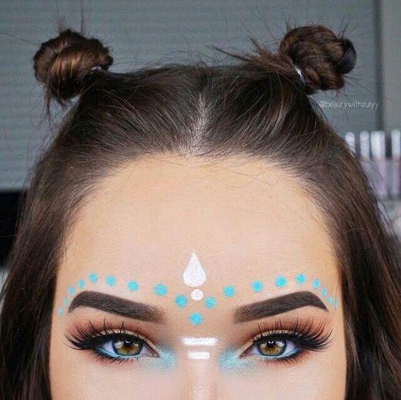 Indian makeup: