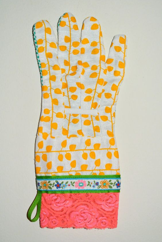designer garden gloves dish gloves as seen in better homes and by katgallery