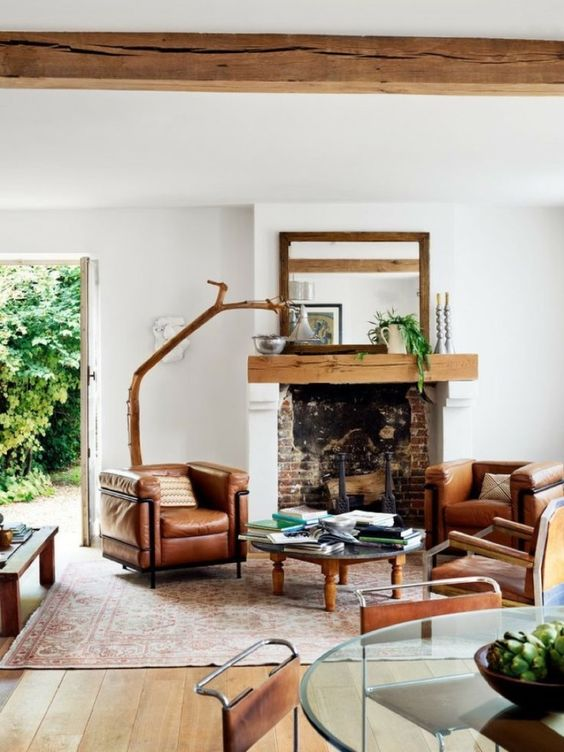 There's just something about a home with industrial-inspired interior design. Here are 50 prime examples of the style at its best—comfortable, cozy, and the kind of look that lends itself to good books, warm fires and beautiful company.:
