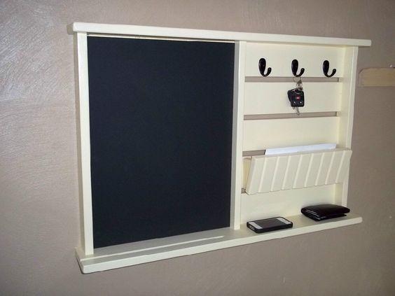 Organisateur de courrier avec tableau crochets cl s bois for Entree de cle pour meuble