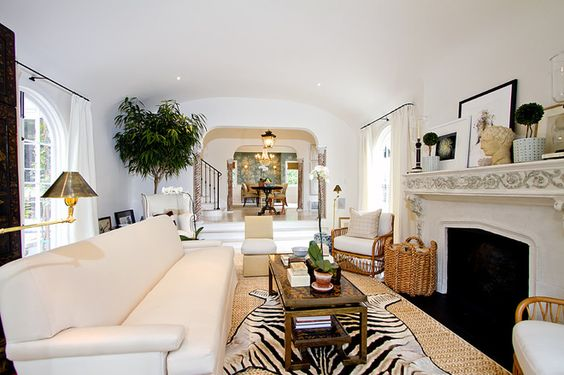 Light walls fireplaces and the white on pinterest for Mark d sikes living room