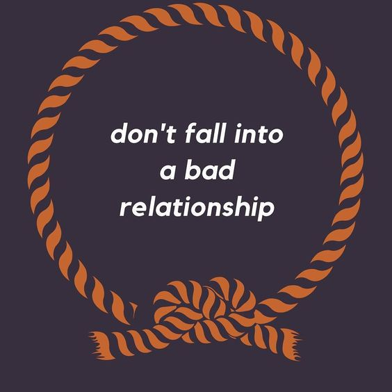 There are all kinds of great relationships to have throughout a lifetime but with that being said there are certain types of relationships you are better off avoiding.  Next month Karlyn our nutritional and empowerment coach will be hosting a class titled Relationship Detox to aid people like you in identifying and removing yourself from people and situations that arent healthy for you mentally. Details to come this week!  #relationship #advice #relationshipadvice #workshop #lifecoach…