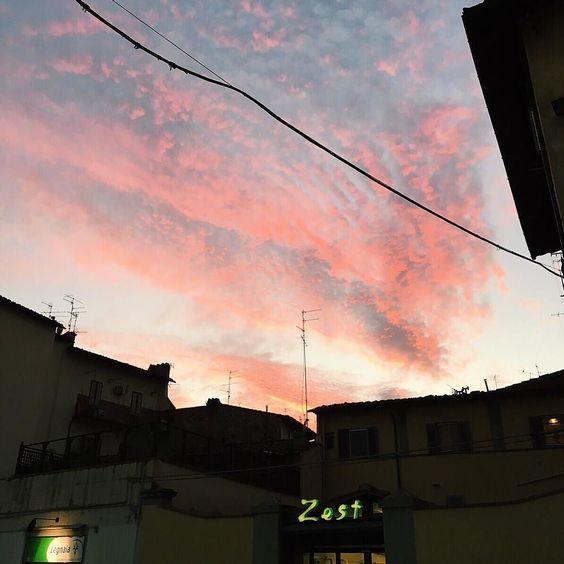 Pink Autumn Sunset in Florence // @allafiorentina