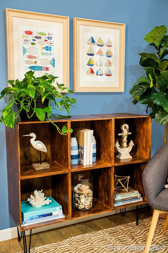 This nautical nook looks like the perfect place to kick back and relax!