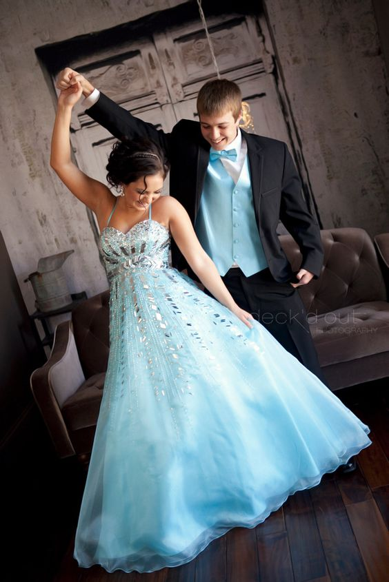 Be sure it's the night of her dreams by matching her prefectly on prom night! Come to Louie's Tux Shop for our 175 color options!: