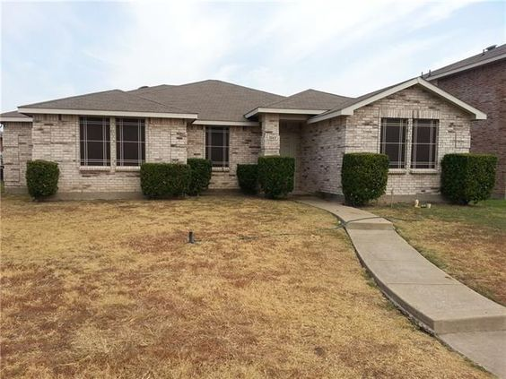 1045 Wild Horse Way, Lancaster, TX 75134. 3 bed, 2 bath, $124,990. A Must See!! Beautif...