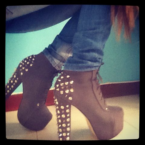 spikes! spikes! <3