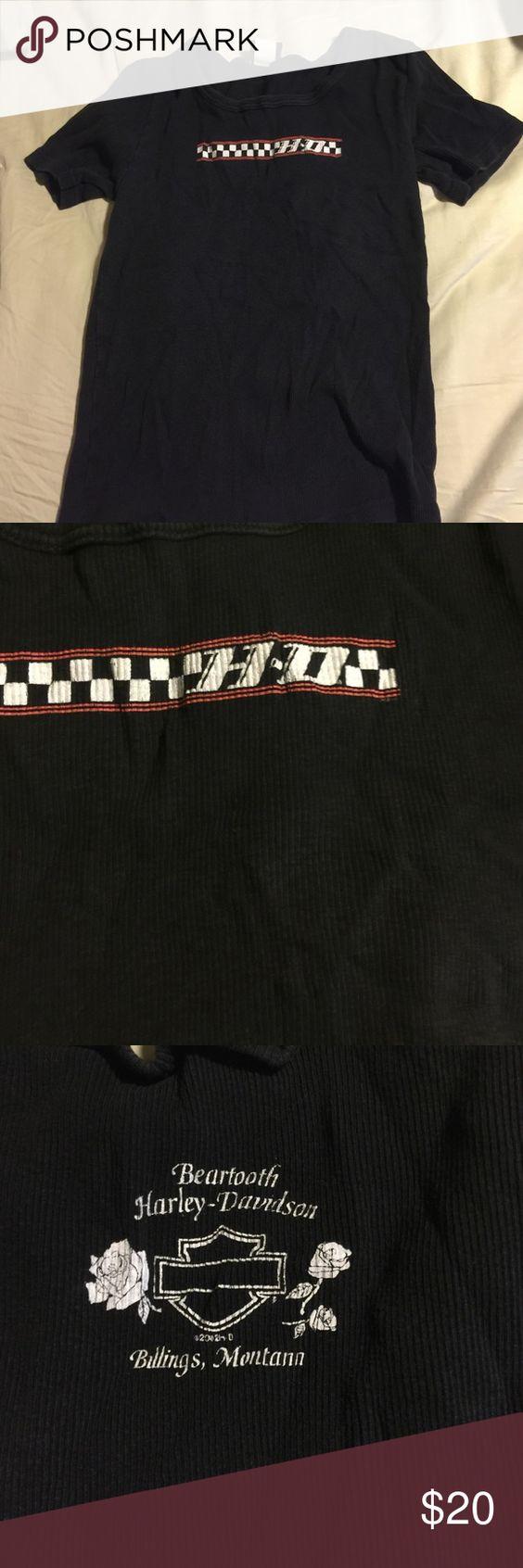 Harley Davidson shirt In great condition! Harley-Davidson Tops Tees - Short Sleeve