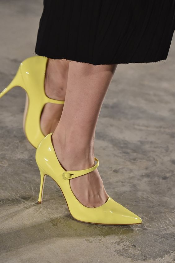 52 Spring Shoes That Will Make You Look Cool shoes womenshoes footwear shoestrends