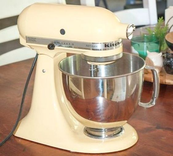 How+To+Get+A+Gorgeous+New+Mixer+Without+Buying+A+New+One