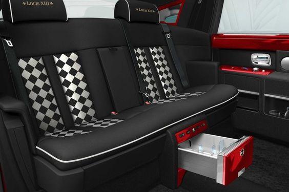 Pedido de trinta Rolls Royce Phantom de R$ 65 milhões foi finalmente entregue