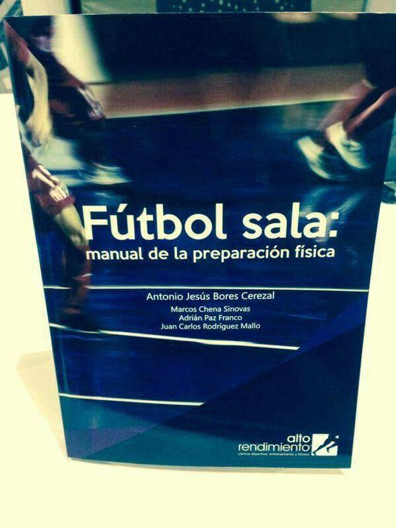 Gracias @AntonioBoresPF @MarcosChenaSin y @AdriPazfran por compartir vuestra experiencia para la mejora del #futsal pic.twitter.com/s0g6dpWbpd