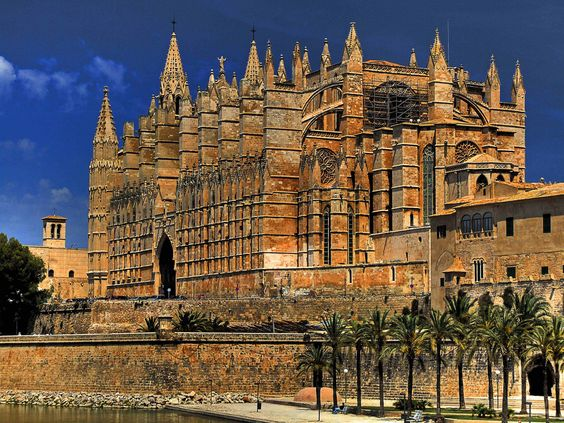 Spain and Catalonias History, Culture and Architecture: Palma ...