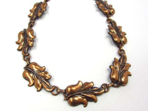 """Vintage Art Nouveau Styled Solid Copper Repousse Leaf Link Choker Necklace, 15"""" long"""