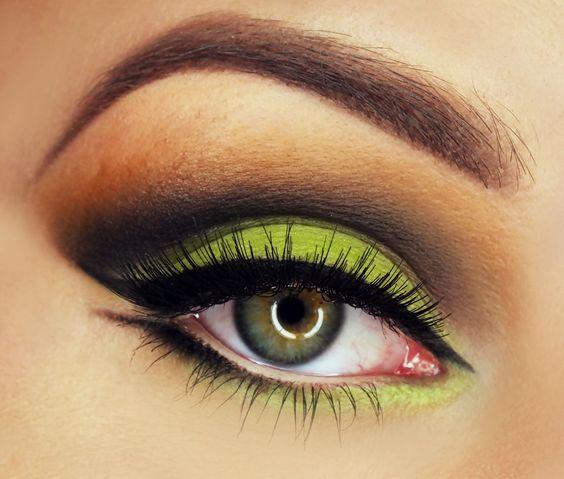 Green #eye #eyes #makeup #eyeshadow #smokey #dramatic #dark: