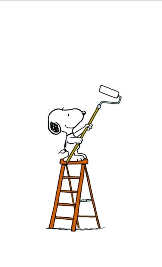 Snoopy decorating