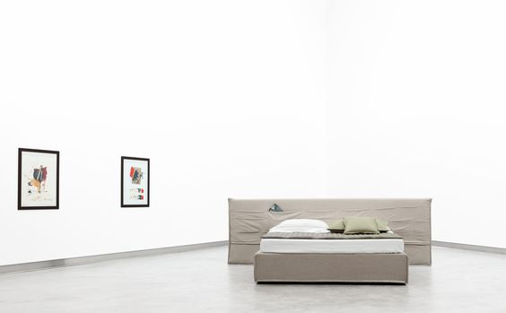 Tasca Large Beds From Casamania Horm It Architonic Krovati Tumbochka