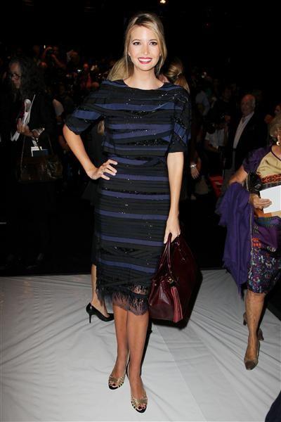 style melania ivanka trump women black third debate theres another pussybow