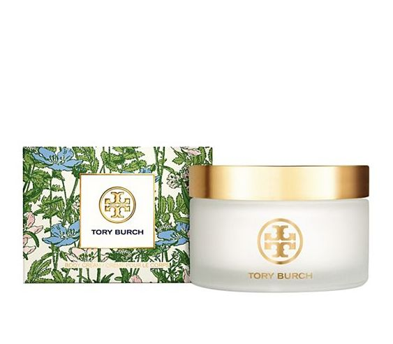 Specially formulated to wear with any fragrance from the Tory Burch Jolie Fleur Collection — or on its own — this rich, hydrating cream is infused with extra-moisturizing shea butter.